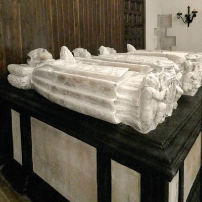 Santo Domingo de la Calzada - Abadía Cisterciense. Sepulcros.