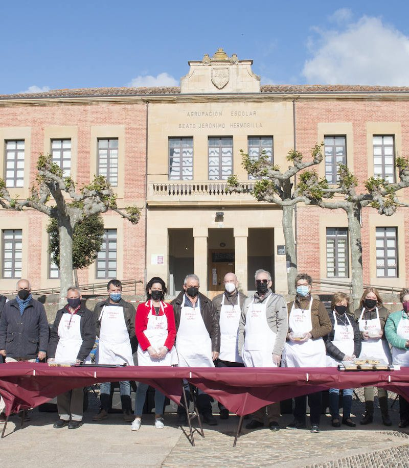 Santo Domingo ha repartido 3.182 raciones de garbanzos en el 'Almuerzo del Santo'